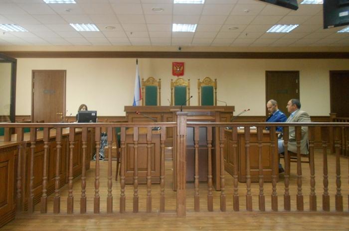 Албуров суд